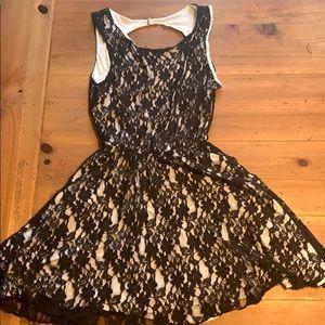 Elan black and while lace dress